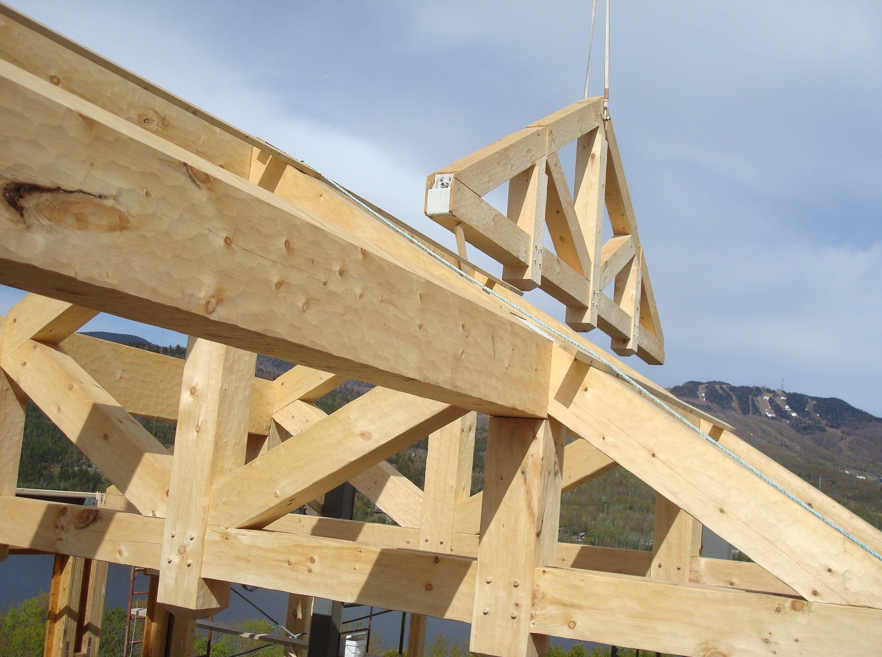 R alisations de bois rond charpenterie et autres projets for Construction bois massif