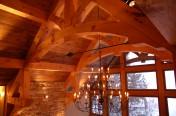 Ferme de toit en bois massif