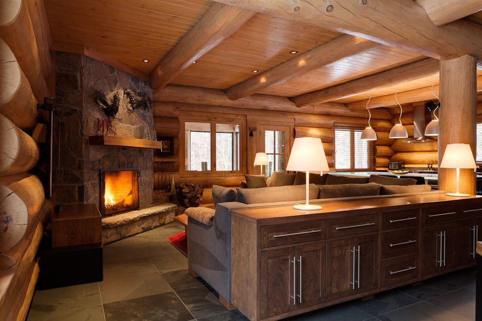 Maison bois rond – Lac Tremblant nord 2011