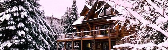 Une maison de bois rond, le cadeau parfait à demander pour Noël!
